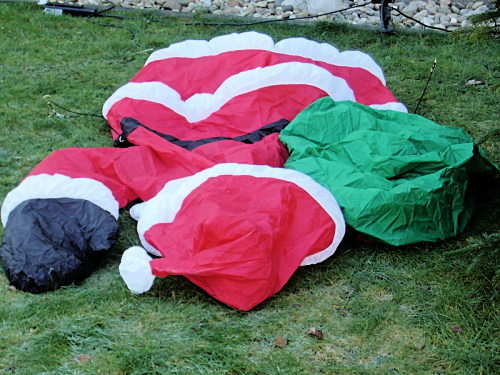Santa on the lawn