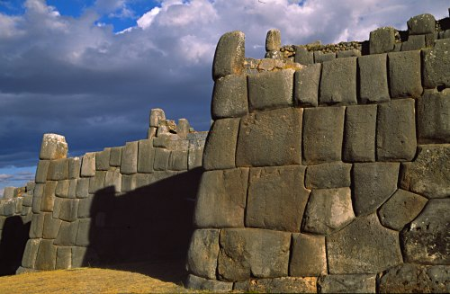 Saqsayhuam�n fortress, near Cusco