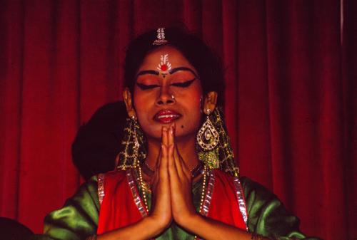 dancer in Calcutta