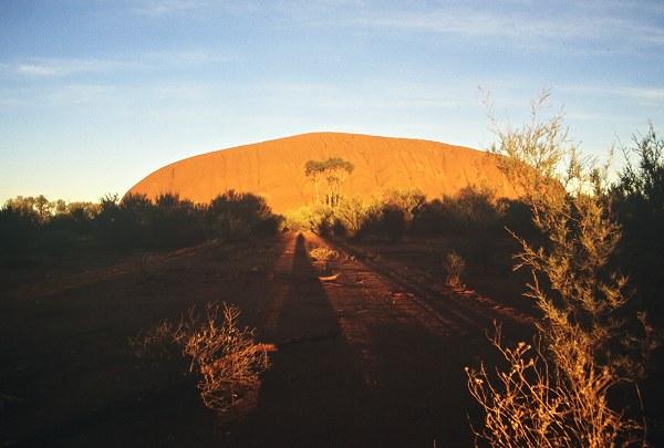 Ayer's rock at daybreak. Foto: L. Bobke
