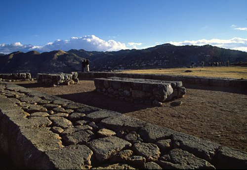 Saqsayhuamán, Cuzco. Photo: L. Bobke