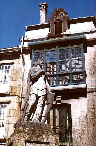 Santiago de Compostela: altes Haus. Photo: L. Bobke